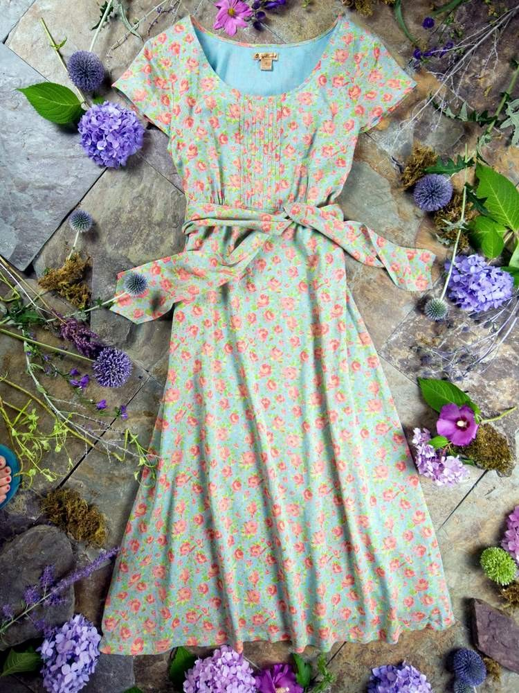 April Cornell summer dress, floral, feminine and modest, with sash