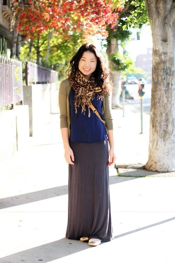 Beautiful, Feminine Style Running Errands & On the Go. eclectic clothing, tiger print scarf