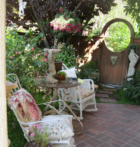 10 Garden Elements With Big Impact. wicker rockers, outdoor nook