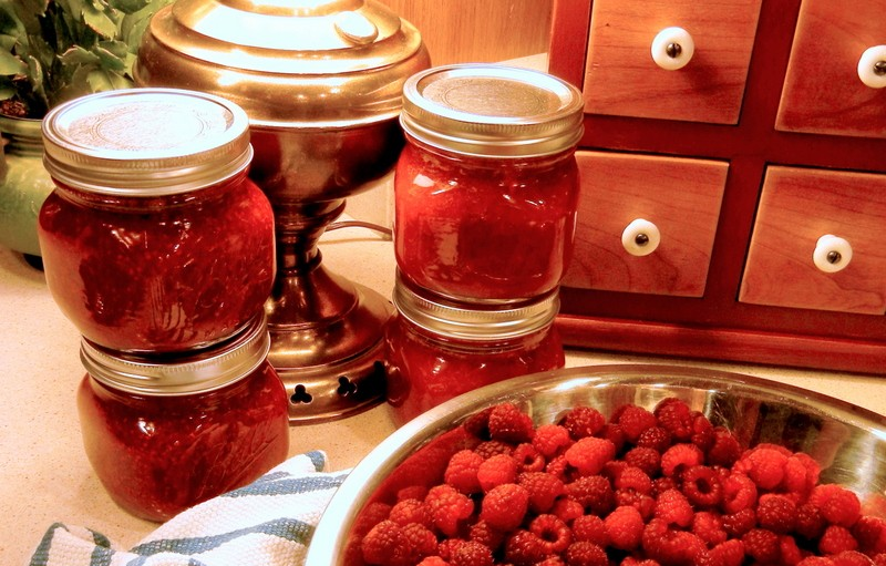 red raspberry jam, Pamona pectin, sweetened with honey