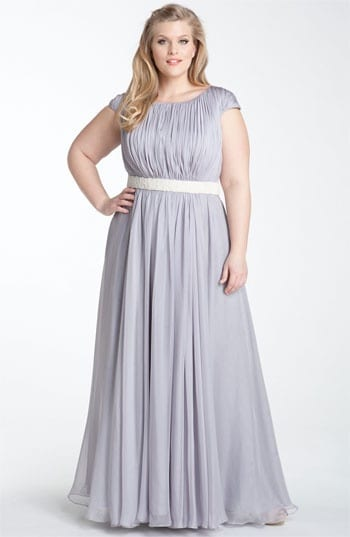 The Plus Size Woman: Put-Together, Attractive, Feminine Dressing, elegantly curved