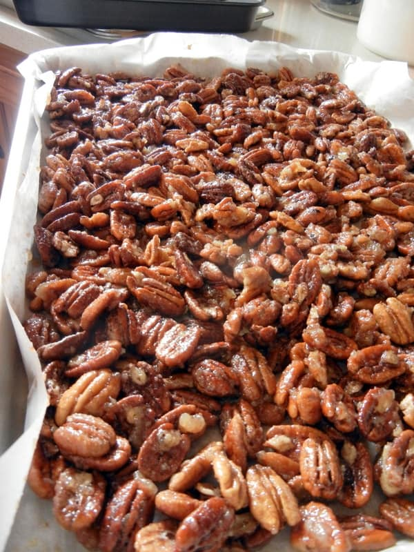 Aunt Tammy's Homemade Sugared Pecans, gift, recipe, directions, tutorial, ingredients, family, story time, tickle fights, Christmas, sweet treat, candy, finder food, dessert, snack, roasted pecans, butter, egg whites, spices, parchment paper, homemaking,candied