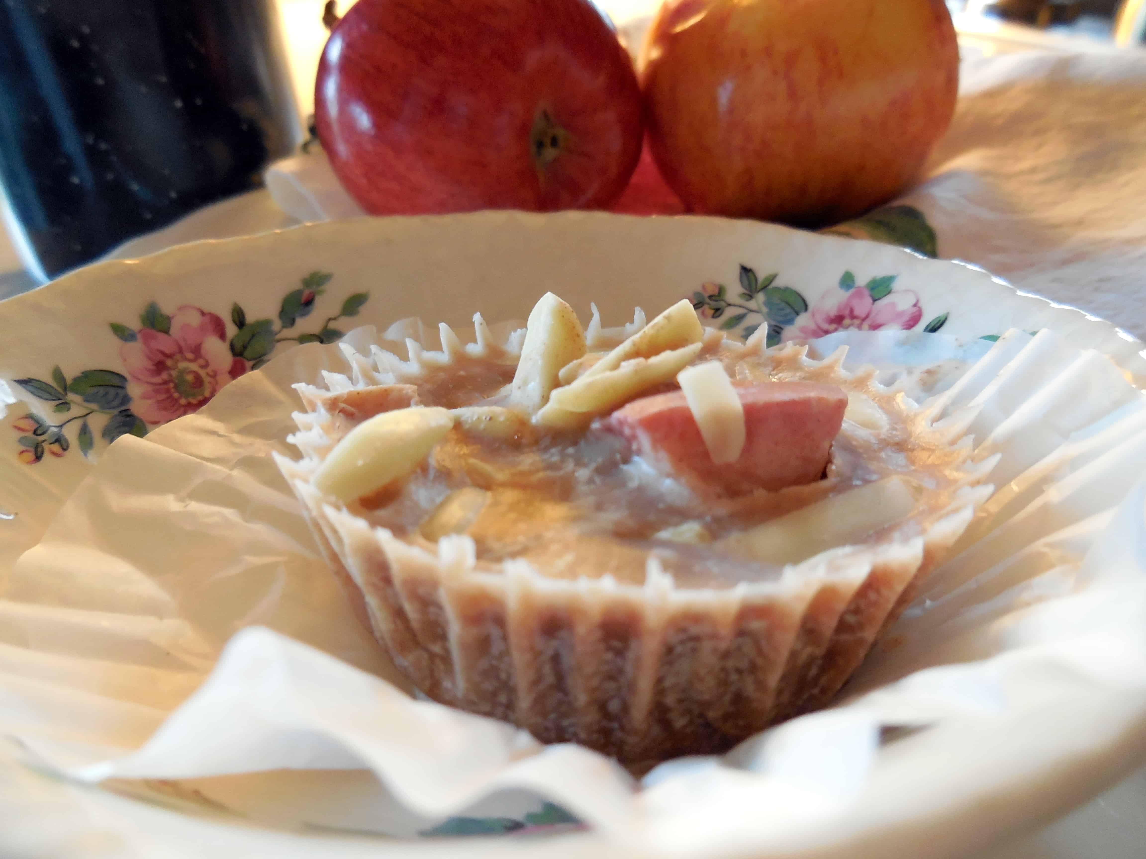 Coconut Cream Apple-Cinnamon Cups