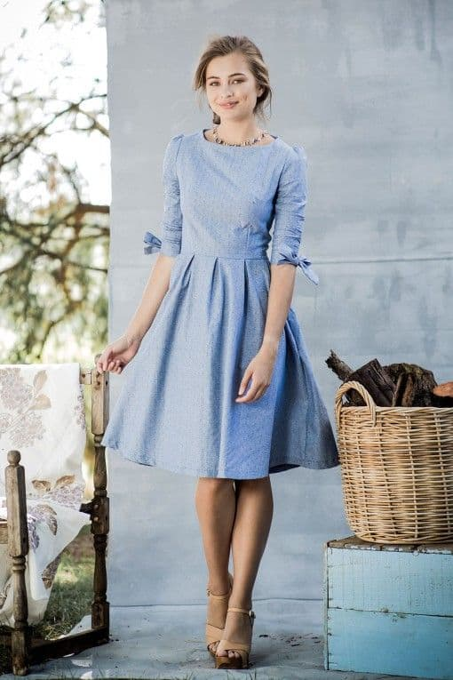 25 Classic Ladylike Looks For You: Spring Heading Into Summer. modesty, classy knee length blue dress