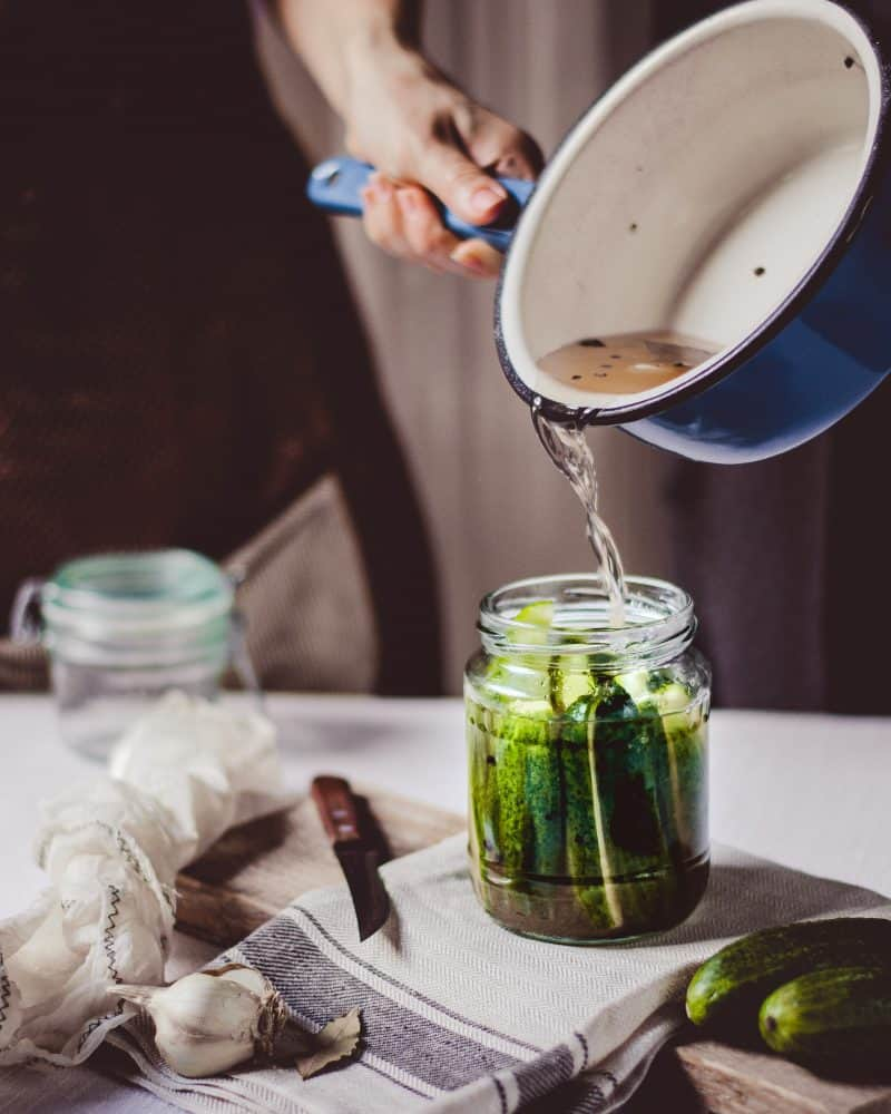 Making Refrigerator Pickles: Easy! No Canning, No Fermenting! pouring brine
